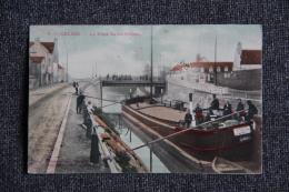 CALAIS - Péniche Au Pont ST PIERRE - Calais