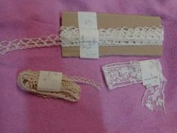 Lot De Dentelles Voir Detail - Laces & Cloth