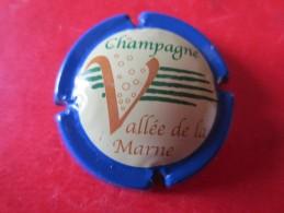 VALLEE DE LA MARNE. Contour Bleu - Vallée De La Marne