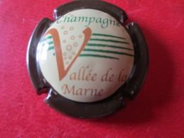 VALLEE DE LA MARNE. Contour  Marron - Vallée De La Marne