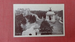 Has Stamp & Cancel> England> London  Wellington Arch Ref  2307 - London