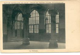 CPA 59  LILLE FACULTE CATHOLIQUE ECOLE  HAUTES ETUDES INDUSTRIELLES LE PERISTYLE - Lille