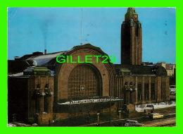 HELSINKI, FINLANDE - LA GARE CENTRALE EN HIVER 1965 - CIRCULÉE - - Finlande