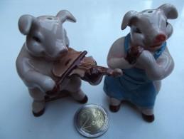 SEL POIVRE SALIERE POIVRIERE COCHON VIOLON SALT PEPPER PIG VIOLIN CERAMIC - Altri Oggetti