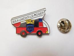 Pompiers SP De Beaumont Le Roger , Eure , Blason , Camion - Brandweerman