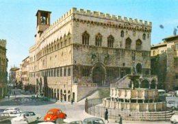 Perugia - Palazzo Comunale E Fontana Maggiore (auto) - Perugia