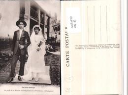 492113,Madagaskar Hochzeit Brautpaar Hut Schleier - Hochzeiten
