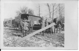 Hiver 1917 Poste Feldpost Voiture Et Soldats Allemands Recevant Courriers Et Colis 1 Carte Photo 14-18 Ww1 - War, Military
