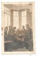PHOTOGRAPHIE - PENSION SORRENTO- PAU - PARTIE DE BRIDGE-AVRIL 1941 - Places