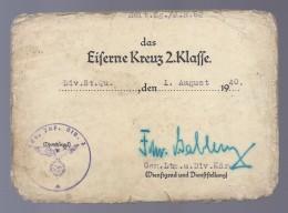 1940 DAS EISERNE KREUZ 2. KLASSE DIV. ST. QU. DEN 1 AUGUST 1940 GEN. LNTN. U. DIV. KDR. SABLERN + CACHET DIENSTSIEGEL - 1939-45