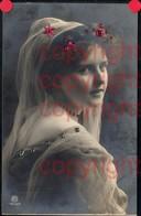 465884,Material Karte Glitzersteine Glitzer Frau Portrait Pub RPH 1946/4 - Ansichtskarten