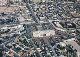 44. ST NAZAIRE. VUE AERIENNE. LE CENTRE VILLE. BELLE CARTE NEUVE N° 373 - Saint Nazaire