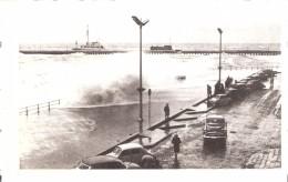 Oostende-Ostende-Ostend-Storm-Tempête-vielles Voitures: Opel-Renault...Estacade-Pier-jetée - Oostende