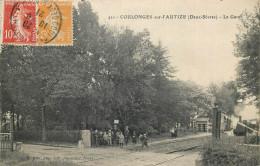 79 - COULONGES SUR L'AUTIZE - Gare - Chemin De Fer - Train - Coulonges-sur-l'Autize