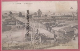 19 - BRIVE-----La Passerelle---wagons-- - Brive La Gaillarde