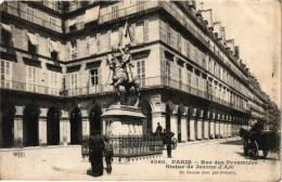 PARIS RUE DES PYRAMIDES ,STATUE DE JEANNE D'ARC   REF 48086 - District 01