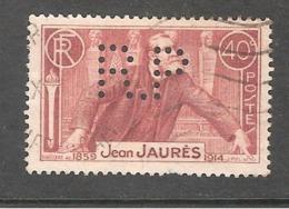 Perforé/perfin/lochung France No 318 R.P  Rhône Poulenc - France