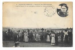 CLERMONT-FERRAND (cpa 63)   Aérodrome Des Gravanches - RENAUX Et Une Passagère   -  L 1 - Clermont Ferrand