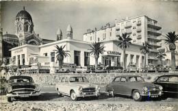 83 - SAINT RAPHAEL - Casino - Automobiles - Saint-Raphaël