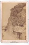 Saint-Lo (50) - Photo Sur Carton (fin 1800) - Le Rocher De La Patterne. Bon état (16.4 Cm X 10.8). - Saint Lo