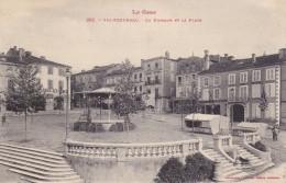CARTE POSTALE VIC FEZENSAC 32  Le Kiosque Et La Place - Vic-Fezensac
