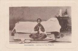 Tananarive;      Intérieur De Case Malgache - Madagascar