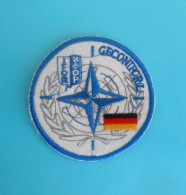 SFOR - United Nations Peacekeeping Mission In Bosnia Patch GERMANY ARMY Deutschland Armee Flicken Bundeswehr Ecusson - Patches