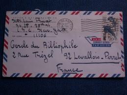 """""""""""  ENVELOPPE  AVION  DE  LONG  ISLAND  Pour  La  FRANCE  //  1967  """""""" Avec Vignette - New-York - Siège De L'ONU"""
