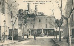 CPA 13 CHATEAURENARD BOULEVARD DE LA GARE STATUE MASCLE COMMERCES - Chateaurenard