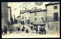 CPA PRECURSEUR- MAGALAS (34)- PLACE NEUVE EN 1900- TRES BELLE ANIMATION GROS PLAN- COMMERCES - Francia