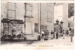CPA VAUCLUSE.LOURMARIN.LA FONTAINE DE LA PLACE - Lourmarin