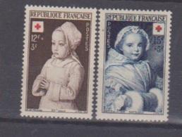 Croix Rouge / N 91 Et 915 /  NEUFS** - France