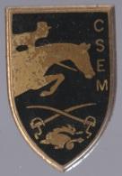 Insigne Mlitaire - Centre Sportif D'équitation Militaire - C.S.E.M. - J. Balme - Saumur - Army