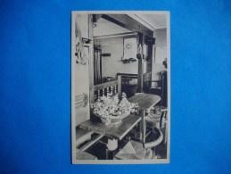 PORT MANECH  -  29  -  L'intérieur Du  Bar Chez Tante Jeanne  -  Finistère - France