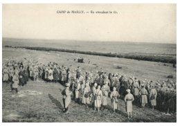 (DEL 329) Very Old Postcard - Carte Ancienne - FRANCE - Camp De Mailly En Attendant Le Tir - Casernes