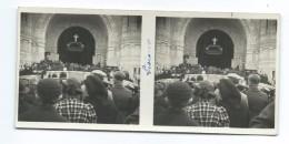 Ancienne PHOTO STEREO 13 X 6 Cm Des Années 1930..  PROCESSION à LISIEUX (14) ..SAINTE THERESE De LISIEUX - Stereoscopic