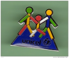 UNICEF *** N°3 *** 0025 - Verenigingen