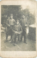 MILITARIA  Groupe De 3 Militaires  61 Sur Col Cp Photo 2 Scans - Regiments