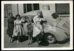 50s ORIGINAL AMATEUR PHOTO FOTO LEON ESPANA SPAIN COCHE RENAULT 4CV - Automobiles