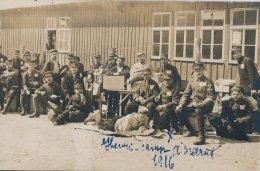 Allemagne: Ohrdruf  Camp De Prisonniers Sous Officiers : Henri  Et Ses Copains Au Camp En 1914 - Oorlog 1914-18