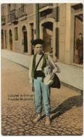 Costumes De Portugal Vendedor De Jornaes Newspaper Seller Barefoot Kid Used Spain To Wandre Hoignée Cheratte Belgique - Portugal