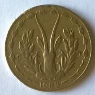 Afrique De L´Ouest - 5 Frs - 1989 - - Monnaies