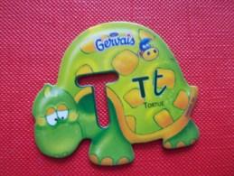 Magnet Danone  Gervais Tortue Lettre T - Letters & Digits