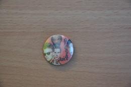 REF Y1  : Badge Ancien Epok 1980 Pop Rock New Wave Orange Juice - Musique