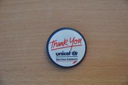 REF Y2  : Badge Ancien Epok 1980 Punk Pop Hard Rock Pin's British Airways Unicef - Musique