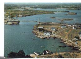 REF 256  : CPSM Du Port Lorois Vue Générale Petite Mer D'Etel - France