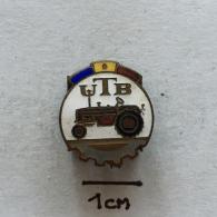 Badge (Pin) ZN002245 - Tractor (Traktor) Universal Brasov UTB - Transportation