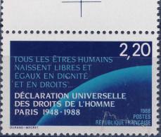 2559  1er Article DECLARATION DROITS   NEUF ** ANNEE 1988 Bord De Feuille - Frankreich