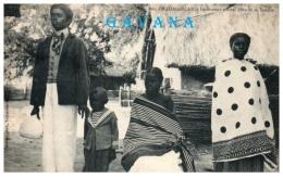 MADAGASCAR - Instituteur Officiel Hova Et Sa Famille - Madagascar