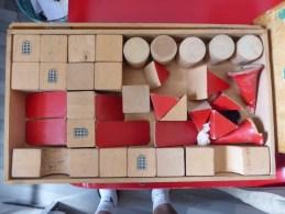 JEU DE CONSTRUCTION EN BOIS - CASTELBOX - LE JEUD ARTIS - - Andere Verzamelingen